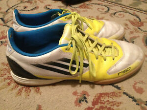 Indoor Adidas Soccer Shoes Size 8