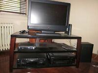 Meuble pour Télé aussi audio video comme neuf