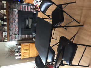 Card table and 4chairs good condition