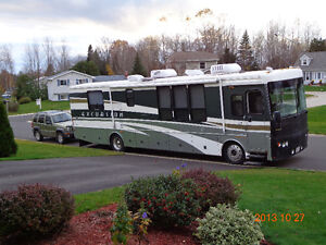 JUST REDUCED - 2002 FLEETWOOD RV EXCURSION DIESEL PUSHER - 39 FT St. John's Newfoundland image 10