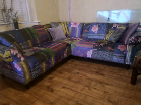 Patterned corner sofa