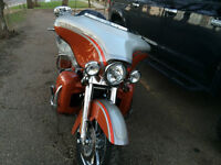 2009 Harley-Davidson FLHTCUSE4 Screamin Eagle CVO Ultra Classic