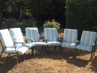 6 patio chairs with cussions