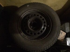 Set of 4 Michelin winter tires 205/70/r15