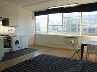 Fantastic studio apartment in warehouse conversion in Shoreditch - 2 min Hoxton station