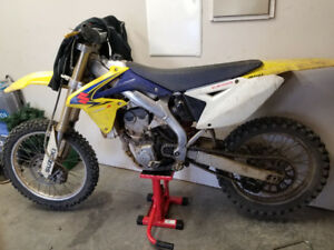 2008 RMZ 450 with papers 3 hours on full rebuild