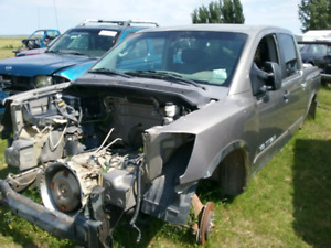 2006 Nissan Titan for  parts only