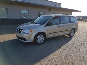 2014 Dodge Grand Caravan, auto, ONLY 65,000 km, IMMACULATE