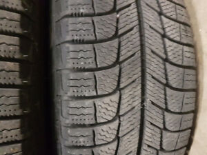 SET OF 205 60 16 MICHELIN WINTER TIRES ON RIMS