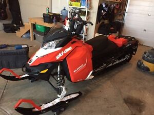 "2015 Ski Doo Summit SP ""154"""