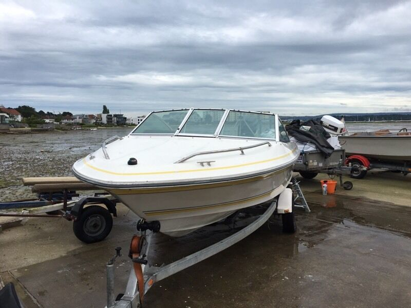 Sea ray 160 16 foot speed boat engine and trailer in for Sea ray boat motors