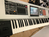 Roland Fantom G6 Workstation 61 Key Keyboard