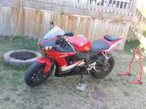 R6 FOR TRADE WITH SPORT CAR