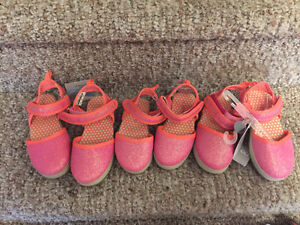 New! Reduced! Carters sandals kids/toddler size 6,8 and 9