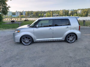2011 Scion XB , sport package , only 36000km