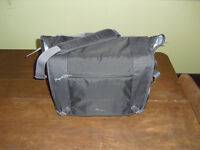 NEW DSLR Lowepro nova sport 35l aw camera laptop bag messenger