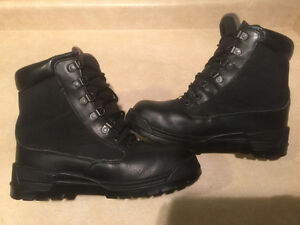 Men's Rocky Gore-Tex Boots Size 8 London Ontario image 6