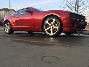 2013 Chevrolet Camaro SS, 400HP with only 10,000 KM..