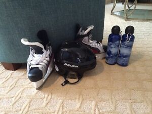 BRAND NEW BAUER Hockey Helmet and Skates with 2 FREE WaterBottle