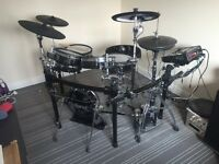 Roland TD30-KSE Electronic drum kit + Accessories