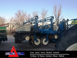 2000 Kinze 2700 24 Row Planter London Ontario image 1