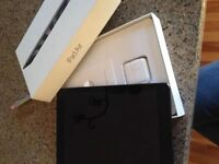iPad Air 16GB Mint Condition :) must go!