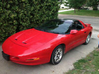 1996 Pontiac Firebird Coupe (2 door)