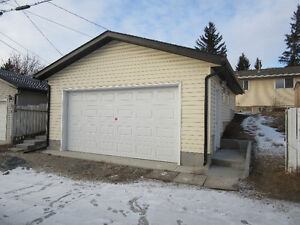 New garage in Huntington Hills (near 64 Ave and Deerfoot North)