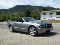 2007 Ford Mustang GT Convertible Loaded