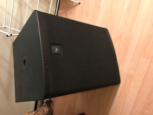Subwoofer and crossover for PA system