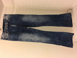 2 pairs of jeans guess n le chateau