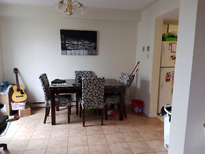 3 bedroom two level townhouse