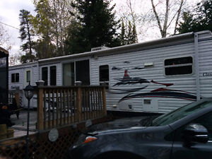 36' DUTCHMEN CLASSIC PARK MODEL AND LEASED SITE - 2016 FEES PAID