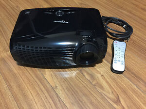 Optoma HD131Xe 1080p 2500 Lumen Full 3D DLP Home Theater Kitchener / Waterloo Kitchener Area image 1