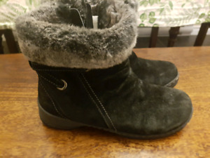 DENVER HAYES LADIES QUAD WINTER BOOTS  SIZE 7.5