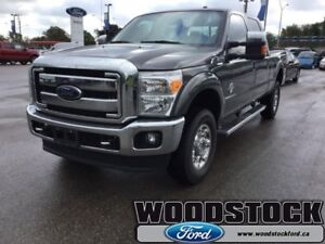 2016 Ford F-350 Super Duty   LOCAL TRADE, LARIAT, LEATHER ROOF,
