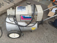 Portable air compressor, works perfect