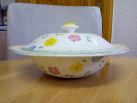 VINTAGE FINE BONE CHINA, COVERED VEGTABLE DISH