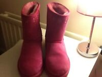 Brand new pink ugg boots size 4 (the real deal)
