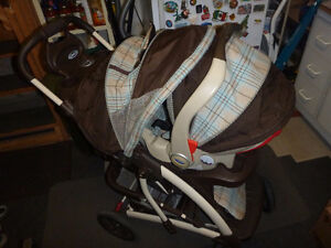Graco Quattro Tour Stroller & Travelling System West Island Greater Montréal image 9