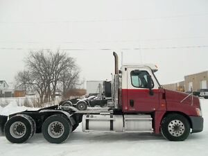 Freightliner Day Cabs Heavy Specs 2007 + 2011 + Peterbilt +Eagle