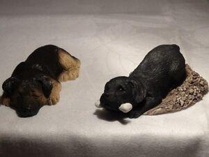 """SANDICAST """"Pesky Peepers"""" and Lil Snoozer"""" Dog Figurines"""