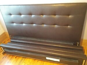 """KING SIZE Bed made by """"Jaymar""""! West Island Greater Montréal image 1"""