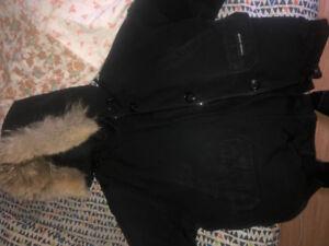 Women's Canada goose short jacket size large