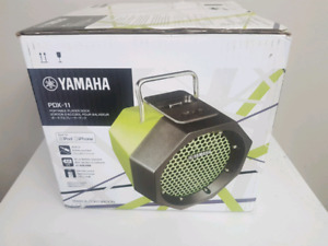 Yamaha PDX-11 Portable Speaker compatible to iPods and iPhone