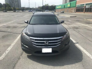 2011 Honda Accord Crosstour E-XL, V6,  4WD , Navigation