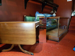 Antique and furniture store closing sale Stratford Kitchener Area image 1