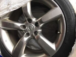225/45 R18 Toyo Winter Tires with Aluinum Rims (worth over$1500)