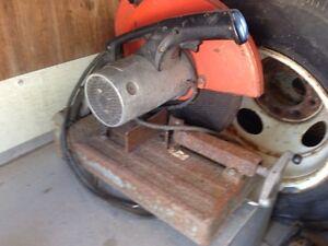 Electric chop saw