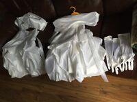 deux robes blanche Bouquetière pour enfants